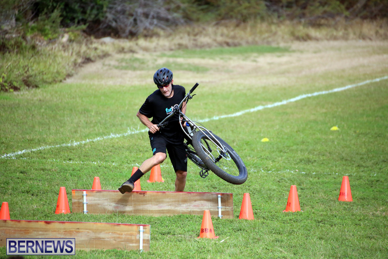 Bermuda-Cyclocross-Shelly-Bay-Field-Dec-3-2017-9