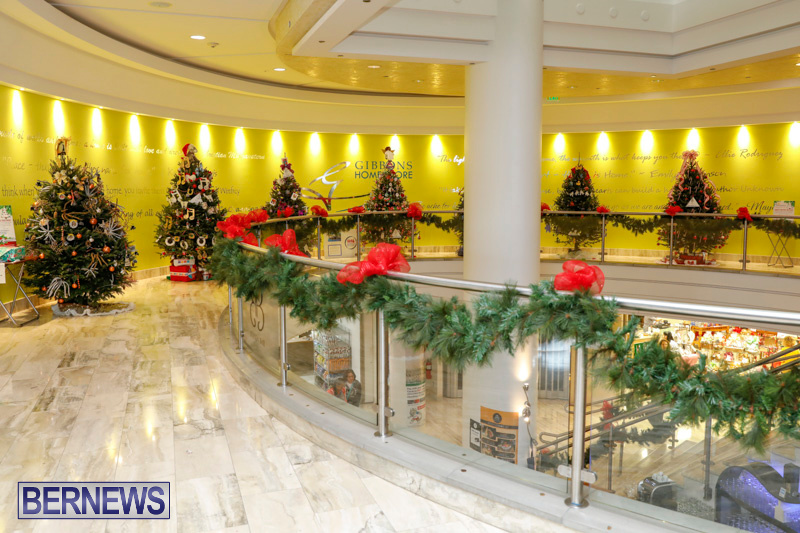 Charity-Christmas-Tree-Event-Washington-Mall-Bermuda-December-11-2017-4448