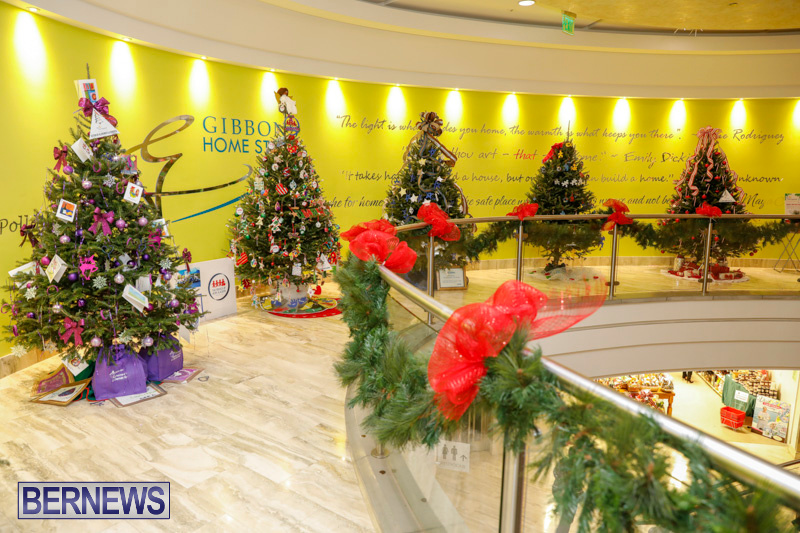 Charity-Christmas-Tree-Event-Washington-Mall-Bermuda-December-11-2017-4486
