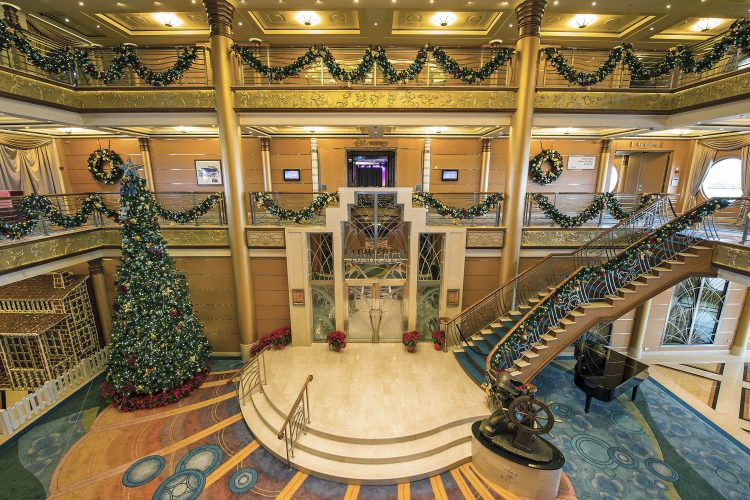 Disney-Magic-cruise-ship-December-2017-18