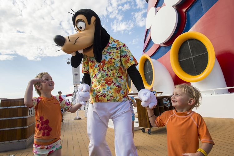 Disney-Magic-cruise-ship-December-2017-20