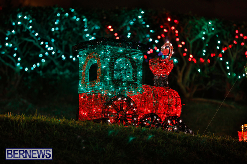 Flatts-Hill-Christmas-Decorations-Lights-Bermuda-December-20-2017-6633