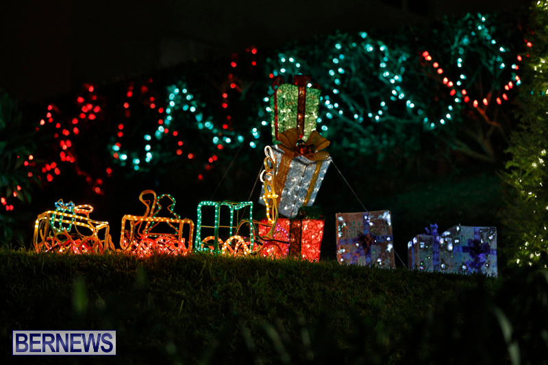 Flatts-Hill-Christmas-Decorations-Lights-Bermuda-December-20-2017-6649
