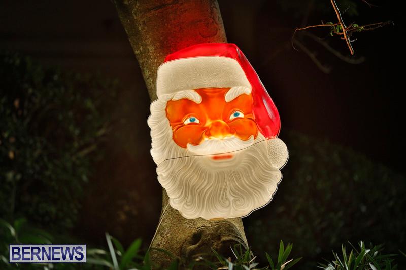 Flatts-Hill-Christmas-Decorations-Lights-Bermuda-December-20-2017-6657