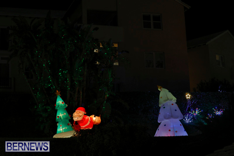 Flatts-Hill-Christmas-Decorations-Lights-Bermuda-December-20-2017-6721