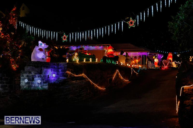 Flatts-North-Shore-Road-Christmas-Decorations-Lights-Bermuda-December-20-2017-6880
