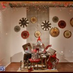 Hamilton Storefronts Christmas Decorations Lights Bermuda, December 22 2017-7781
