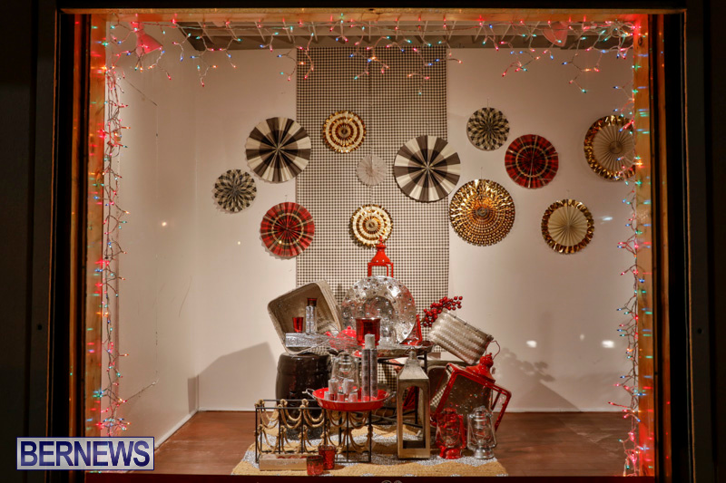 Christmas Window Displays.Photos Hamilton Christmas Window Displays Bernews