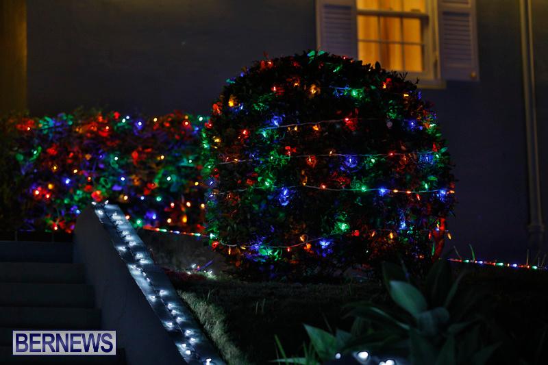 Jennings-Road-Christmas-Decorations-Lights-Bermuda-December-20-2017-6757