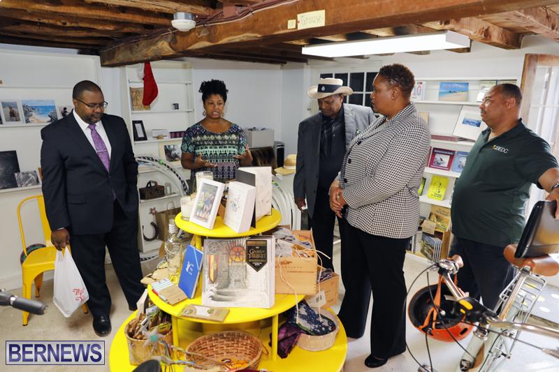 MPs visit St Georges businesses dec 20 2017 (10)