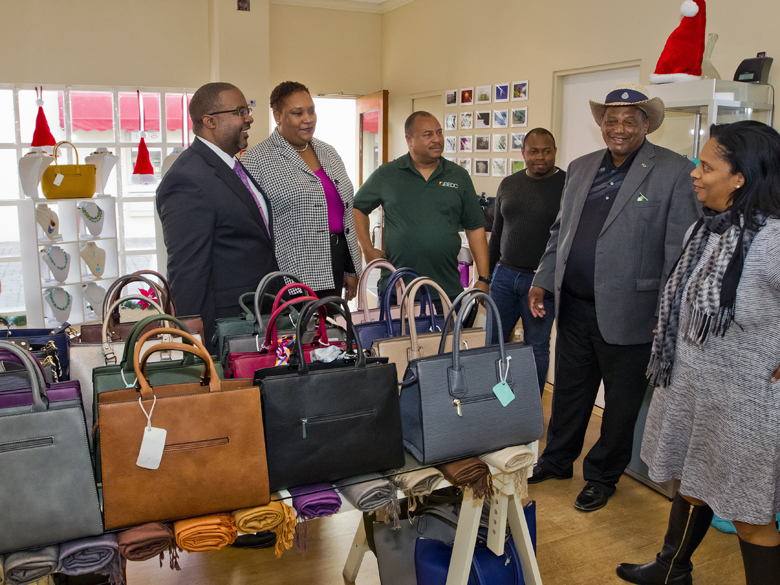 Minister & MPs visit St Georges businesses Bermuda Dec 2017 (4)