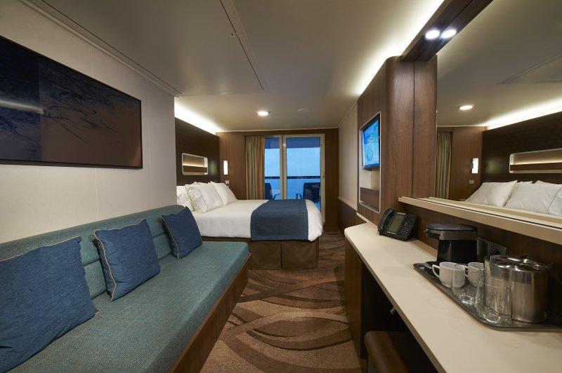 Norwegian-Escape-cruise-ship-photo-generic-16