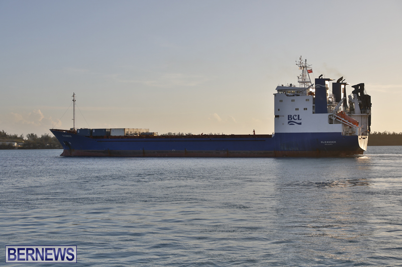 Oleander Container Ship Bermuda Dec 19 2017 (3)
