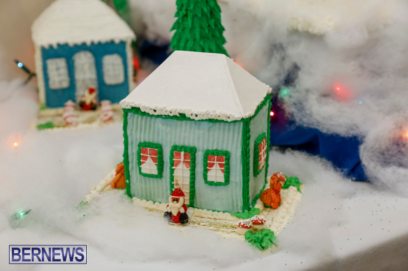 Sylvia-Richardson-Care-Facility-Christmas-Chef-Decorations-Bermuda-December-20-2017-6491