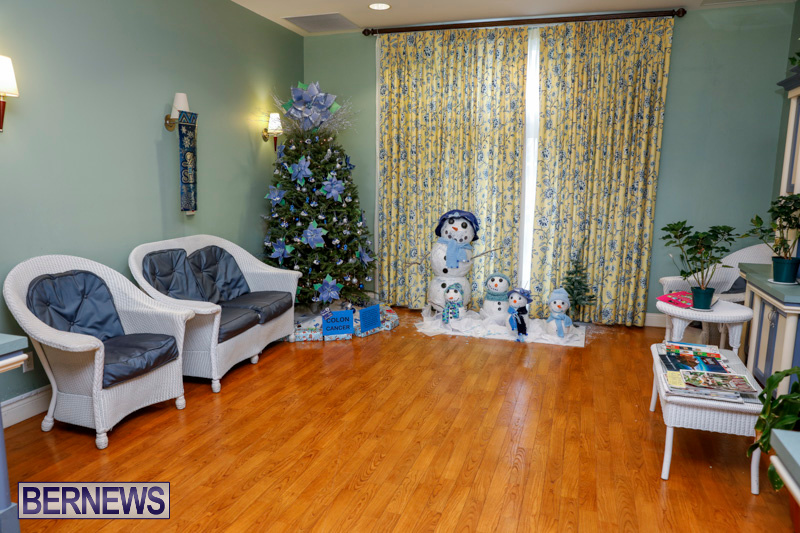 Sylvia-Richardson-Care-Facility-Christmas-Decorations-Bermuda-December-20-2017-6505