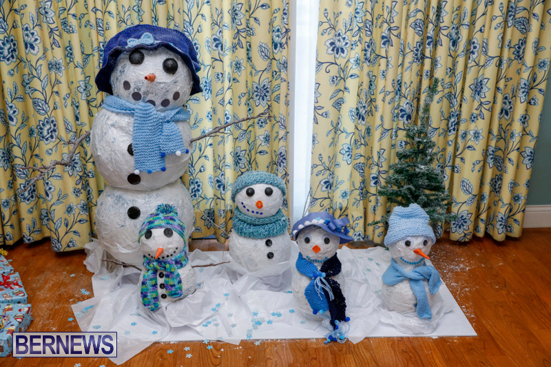 Sylvia-Richardson-Care-Facility-Christmas-Decorations-Bermuda-December-20-2017-6507