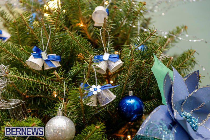 Sylvia-Richardson-Care-Facility-Christmas-Decorations-Bermuda-December-20-2017-6515