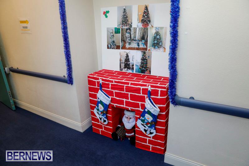 Sylvia-Richardson-Care-Facility-Christmas-Decorations-Bermuda-December-20-2017-6540