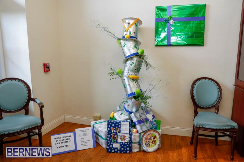 Sylvia-Richardson-Care-Facility-Christmas-Decorations-Bermuda-December-20-2017-6549