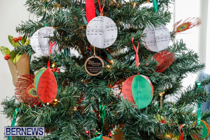 Sylvia-Richardson-Care-Facility-Christmas-Decorations-Bermuda-December-20-2017-6595