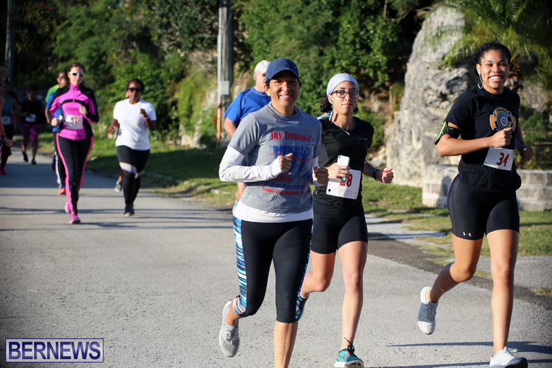 running-Bermuda-Dec-20-2017-13