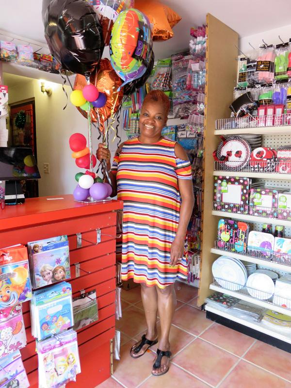 Designer Balloons Bermuda January 2018