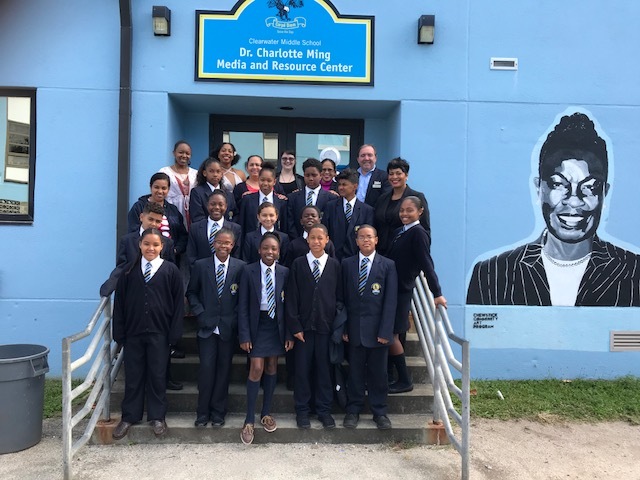 Hamilton Princess donates books to Clearwater Middle School Bermuda Feb 28 2018 (1)