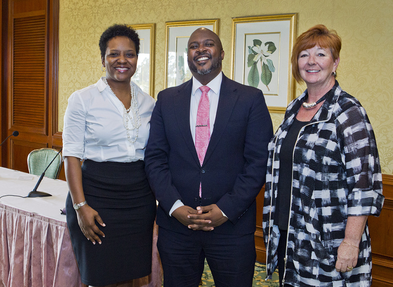 Tourism Minister & BHI Bermuda Feb 2018 (2)