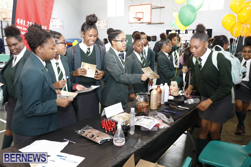 Whitney-Institute-Middle-School-Career-Fair-Bermuda-Feb-9-2018-13