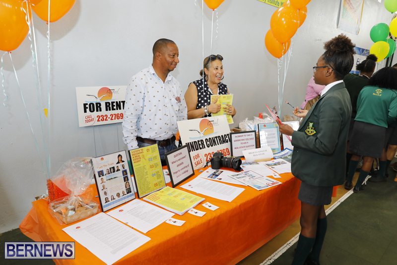 Whitney-Institute-Middle-School-Career-Fair-Bermuda-Feb-9-2018-24