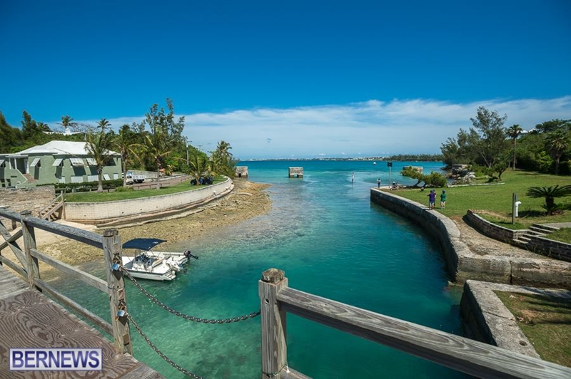 344 Smallest DrawBridge Bermuda Generic February 2018