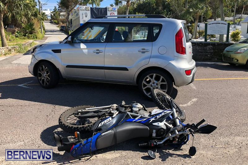 Car Motorcycle Collision Devonshire Bermuda, March 20 2018 (2)