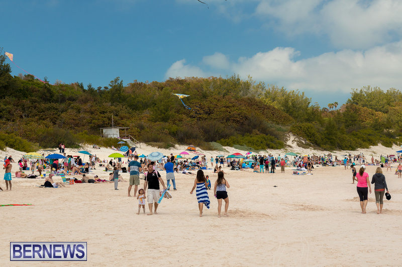Horseshoe-Beach-Good-Friday-Bermuda-March-30-2018-15
