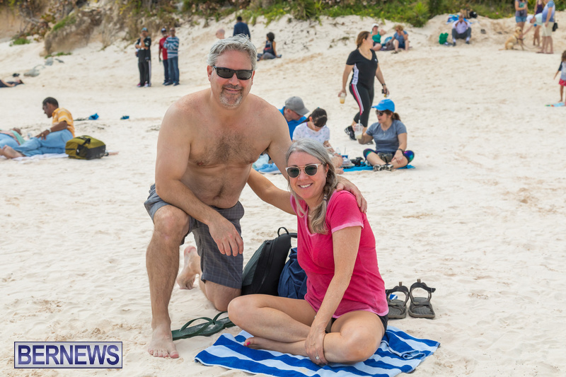 Horseshoe-Beach-Good-Friday-Bermuda-March-30-2018-24