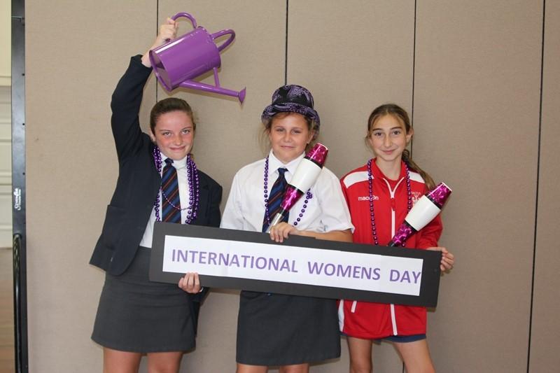International-womans-day-at-saltus-Mar-08-5