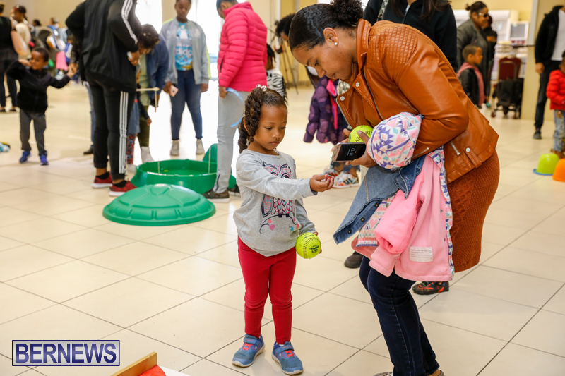 Premier's-Annual-Children's-Easter-Egg-Hunt-Bermuda-March-24-2018-5212