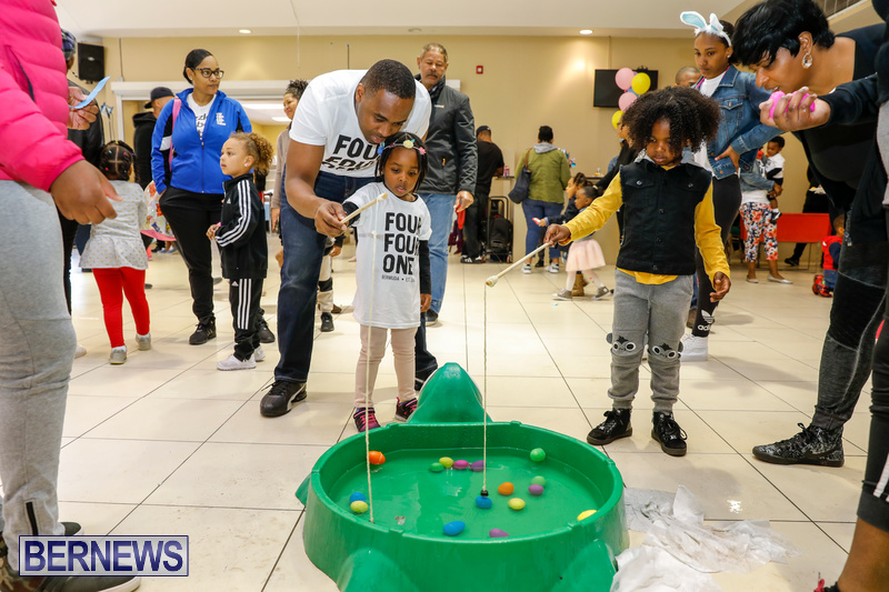 Premier's-Annual-Children's-Easter-Egg-Hunt-Bermuda-March-24-2018-5251