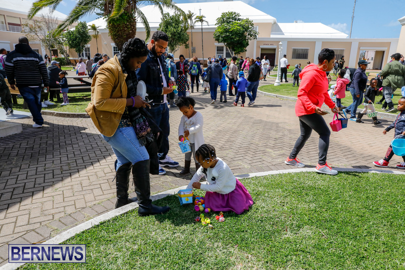 Premier's-Annual-Children's-Easter-Egg-Hunt-Bermuda-March-24-2018-5339