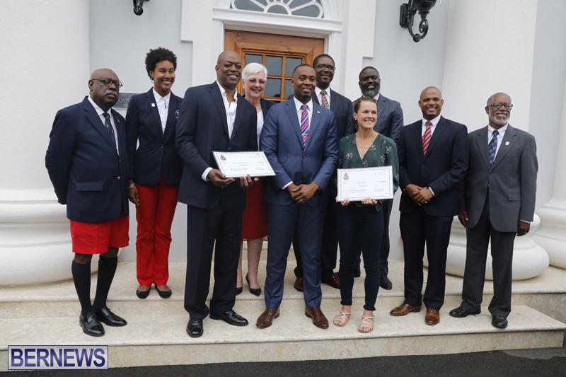 Motorcade celebrates champions Bermuda April 30 2018 (32)