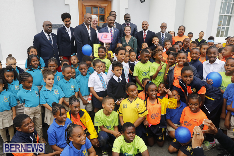 Motorcade celebrates champions Bermuda April 30 2018 (33)