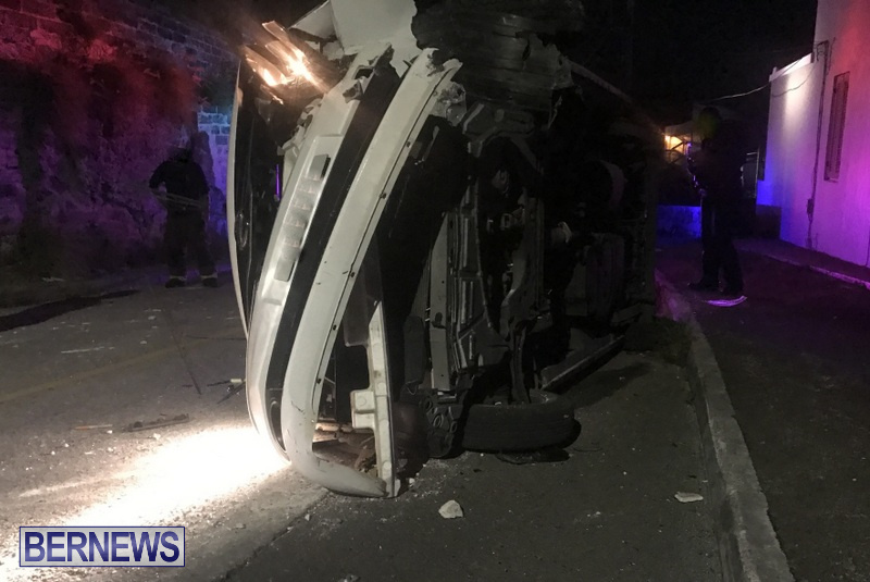 Overturned Van Bermuda, April 30 2018 (6)