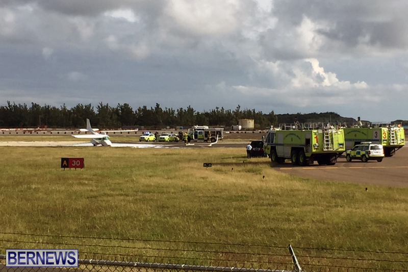 Scene-At-Airport-Bermuda-April-30-2018-10