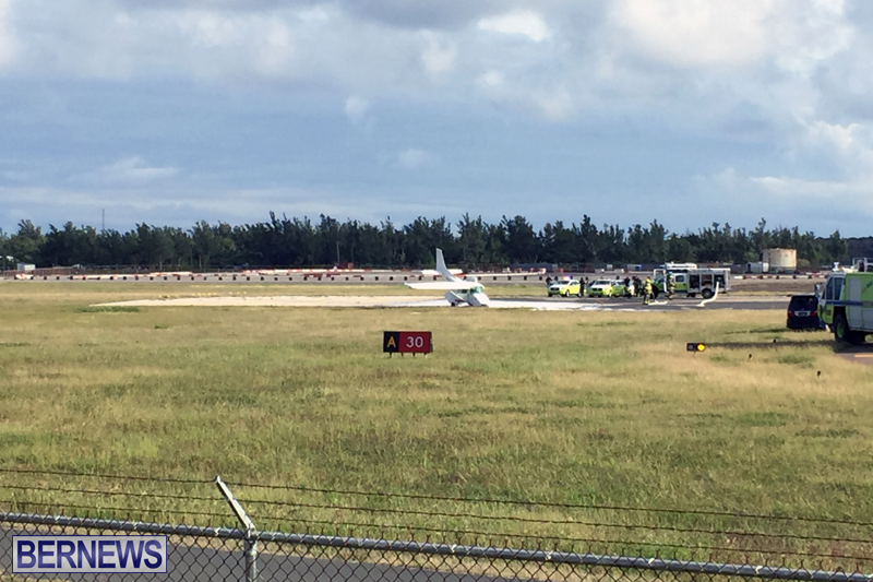 Scene-At-Airport-Bermuda-April-30-2018-7
