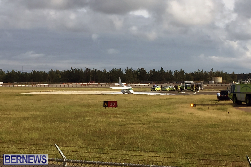 Scene-At-Airport-Bermuda-April-30-2018-9