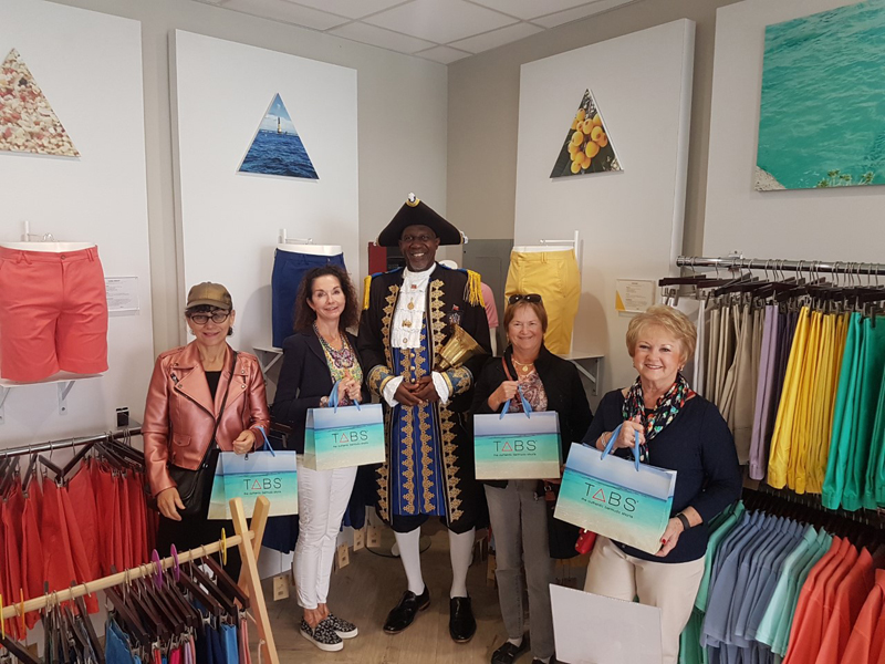 Shopping Tour Tabs Bermuda April 30 2018 (1)