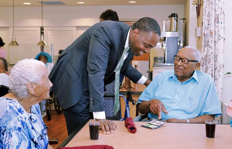 Premier Visits Seniors Homes Bermuda June 25 2018 (12)