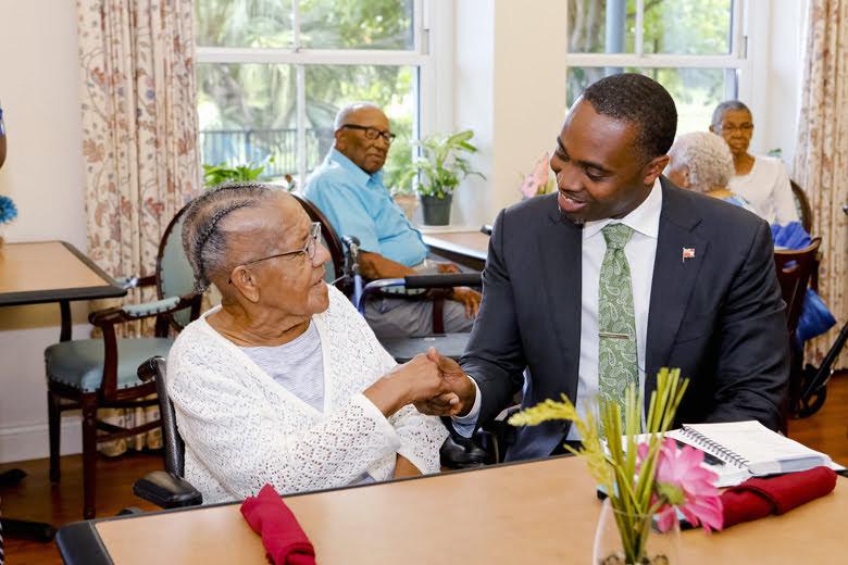 Premier Visits Seniors Homes Bermuda June 25 2018 (9)
