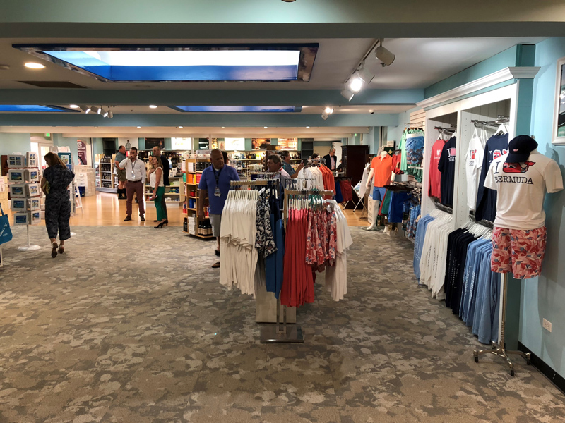Skyport Bermuda Duty Free June 2018 (1)