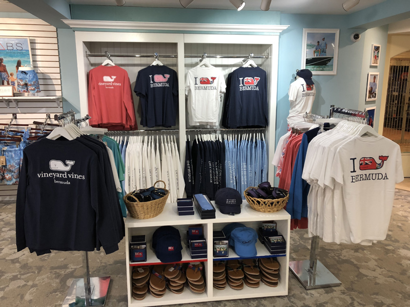Skyport Bermuda Duty Free June 2018 (3)