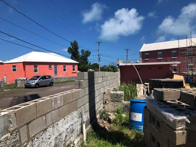 wall Bermuda June 25 2018